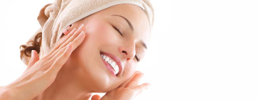 How To Take Care Of Oily Skin Naturally